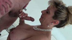Bodacious housewife gets fingered and shows off her blowjob abilities