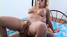 Sammie's fabulous boobs and ass sensually shake as she bounces on his hard prick