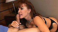 Busty redheaded cougar turns the heat up when she bares her nice ass for his cock